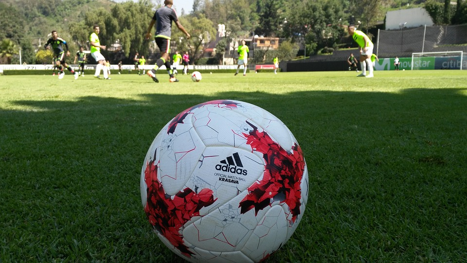 3 Best Soccer Ball 2017